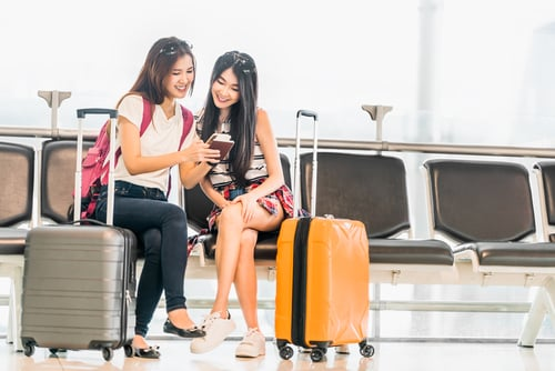 Can my Thai girlfriend get a working holiday visa?