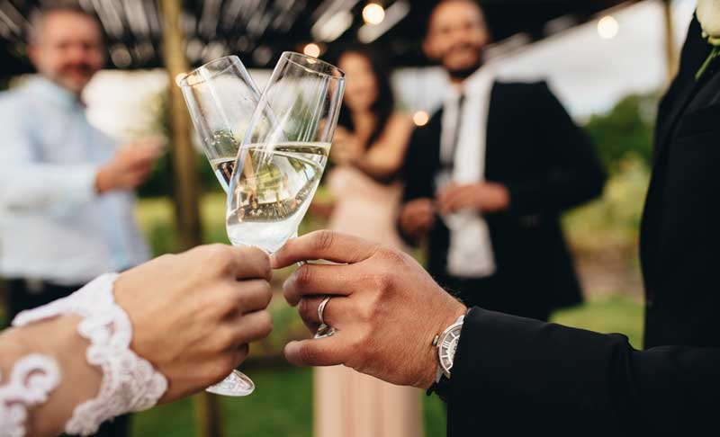 Is it possible to get married in Australia on a tourist visa?