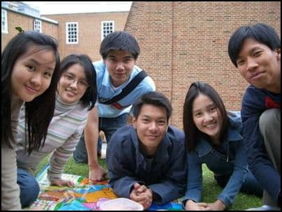 Thai people in England
